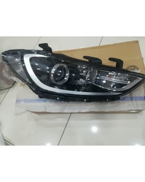 Hyundai Elantra 2016-2018 Sağ Far 92202-f2000